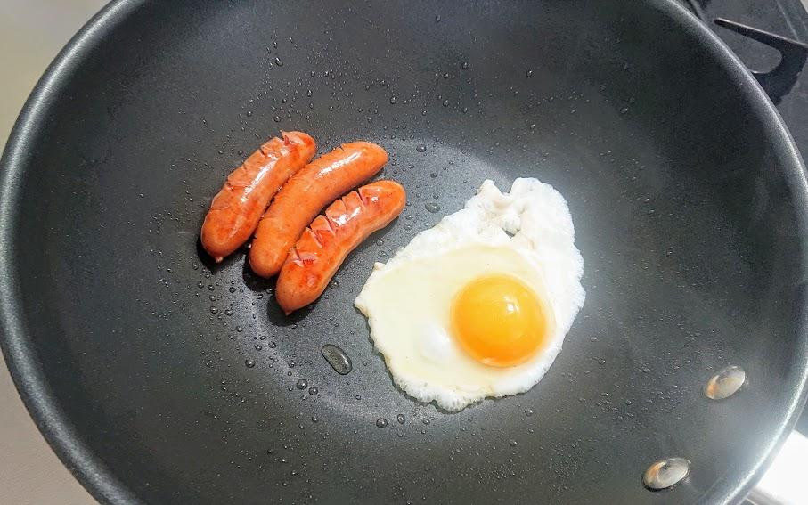 卵とソーセージ